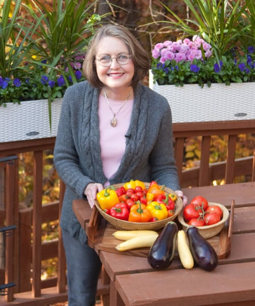 Click here to see video showing tips for growing easy vegetables in containers (3:35).